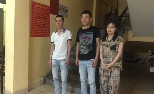 """Bắt đàn em của Đông """" Ti Mo"""" thu giữ súng, ma túy và hàng loạt dao kiếm ảnh 1"""
