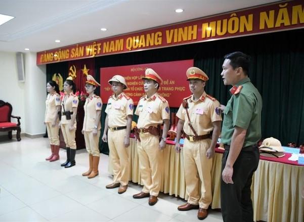 Xây dựng đổi mới trang phục của lực lượng Cảnh sát giao thông ảnh 2