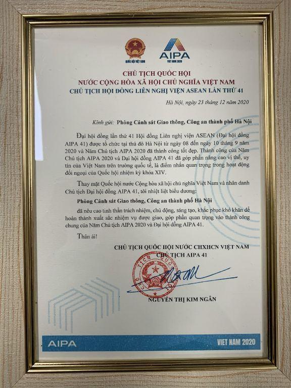 Chủ tịch Quốc hội gửi Thư khen Phòng Cảnh sát giao thông CATP Hà Nội ảnh 1