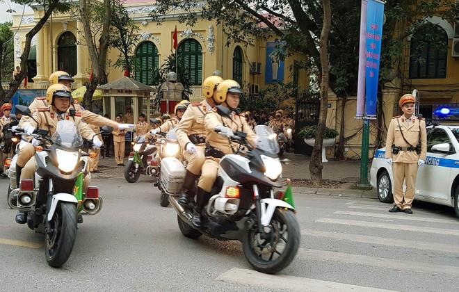 Phân luồng giao thông phục vụ Lễ xuất quân bảo vệ Đại hội Đảng toàn quốc lần thứ XIII ảnh 1