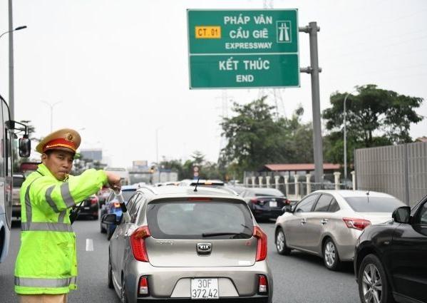 Chi tiết những phương án chống ùn tắc tại các cao tốc, tuyến quốc lộ trên cả nước dịp nghỉ lễ 30-4 ảnh 1