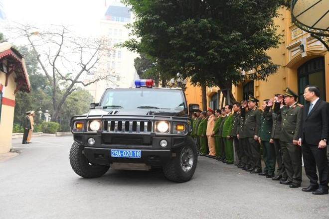 Công an Hà Nội ra quân bảo vệ tuyệt đối an toàn Đại hội Đảng lần thứ XIII ảnh 5
