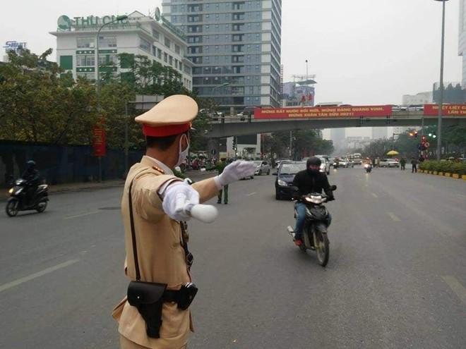 Cảnh sát giao thông Thủ đô tổng duyệt phương án đón, dẫn, đảm bảo an toàn giao thông phục vụ Đại hội Đảng ảnh 7