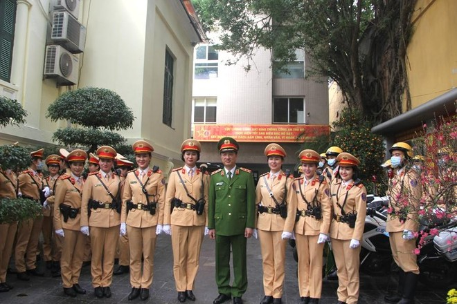 Nâng tầm chuyên nghiệp, hiện đại của lực lượng CSGT Thủ đô ảnh 2