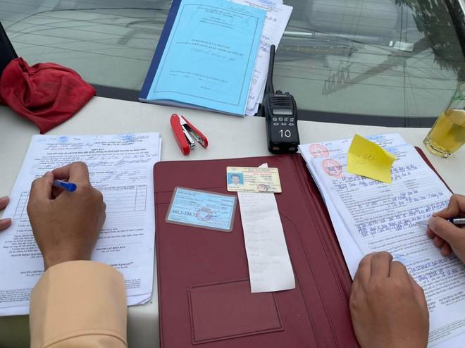 Xử lý nghiêm lái xe vi phạm nồng độ cồn ở khu vực gần sân bay Nội Bài ảnh 7