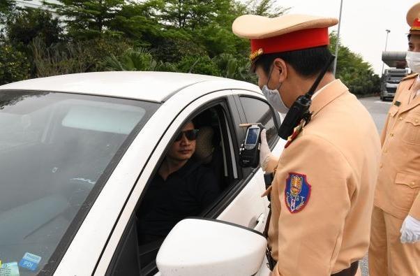 'Soi' kỹ vi phạm nồng độ cồn và ma túy trên cao tốc Hà Nội – Lào Cai ảnh 6