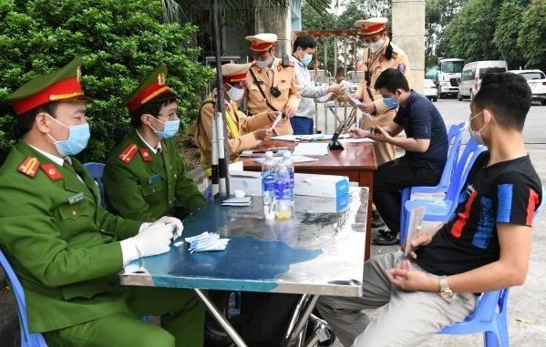 'Soi' kỹ vi phạm nồng độ cồn và ma túy trên cao tốc Hà Nội – Lào Cai ảnh 9