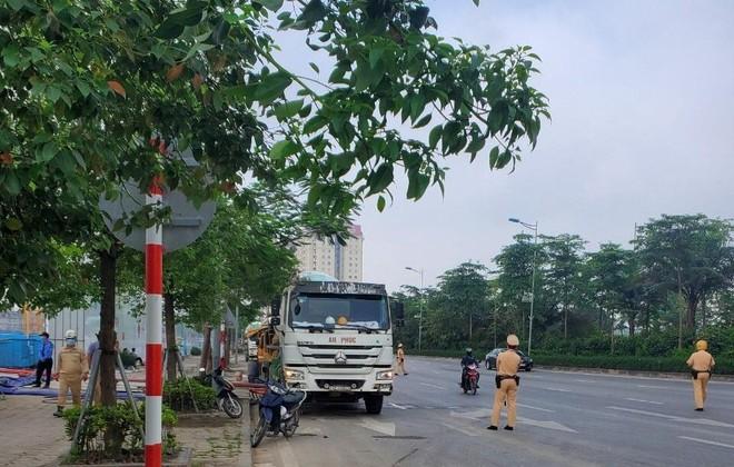 Cảnh sát giao thông Công an Hà Nội đảm bảo thông suốt, an toàn hoạt động bầu cử đại biểu Quốc hội, HĐND các cấp ảnh 1