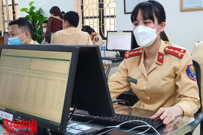 Phòng CSGT đã cấp hơn 20.000 giấy đi đường ảnh 1