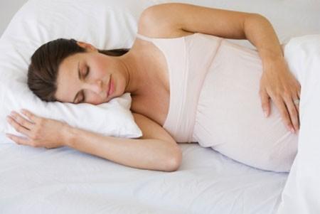 Chất lượng giấc ngủ kém làm tăng nguy cơ sinh non