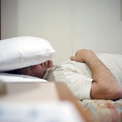 Ngừng thở khi ngủ và nguy cơ đột quỵ ẩn