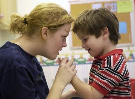 Vai trò của cha mẹ trong điều trị trẻ tự kỷ