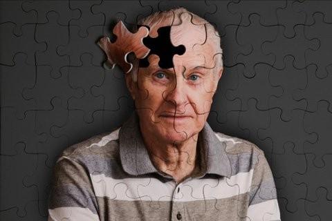 Lạm dụng cocain làm tăng tốc độ lão hóa não bộ ảnh 1