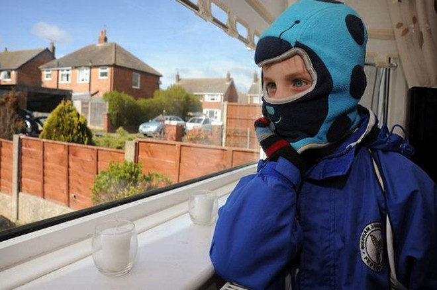 Cậu bé có thể bị sốc phản vệ khi nhiễm lạnh