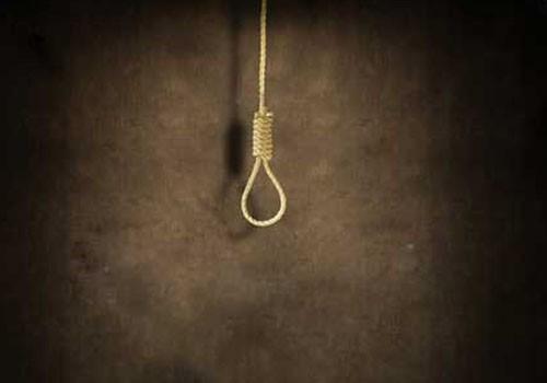 Chồng treo cổ tự tử khi phát hiện vợ tiếp tục...ngoại tình