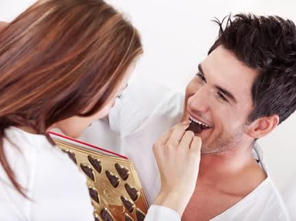 Ăn sôcôla giúp nam giới giảm nguy cơ đột quỵ