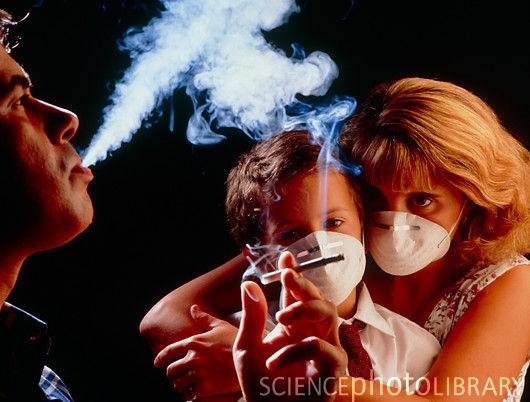 Suy giảm trí nhớ vì hít phải khói thuốc lá của người khác ảnh 1