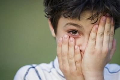 Xem phim bạo lực khiến trẻ ngủ kém