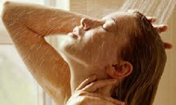 Lợi ích của tắm nước lạnh ảnh 1