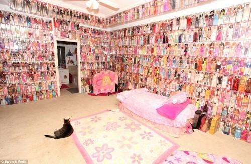 Chi hơn 1,6 tỷ để...mua búp bê Barbie ảnh 2