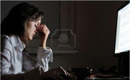 Làm việc ca đêm làm tăng nguy cơ ung thư buồng trứng ảnh 1