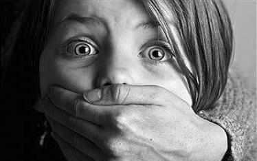 Học sinh mẫu giáo bị lạm dụng tình dục ngay tại trường ảnh 1