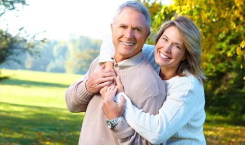 Sống lạc quan giúp kéo dài tuổi thọ ảnh 1