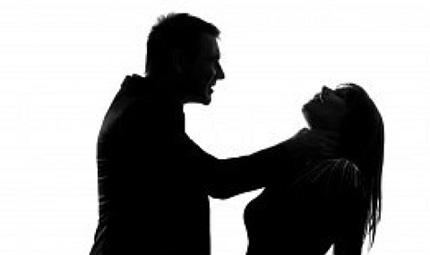Kinh hoàng chồng chặt xác vợ thành nhiều mảnh ảnh 1