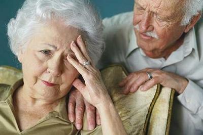 Liều cao vitamin E hàng ngày có thể trì hoãn bệnh Alzheimer ảnh 1