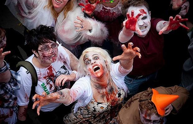 Khắp nơi trên thế giới hóa trang nhân dịp Halloween ảnh 10