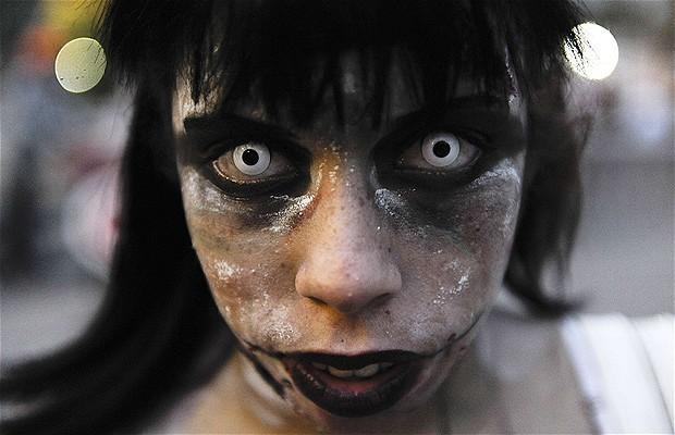 Khắp nơi trên thế giới hóa trang nhân dịp Halloween ảnh 14