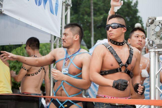 Diễu hành đồng giới lớn nhất tại Đài Loan ảnh 12