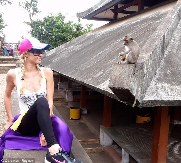 Lộ ảnh Paris Hilton đi nghỉ ở Bali ảnh 10