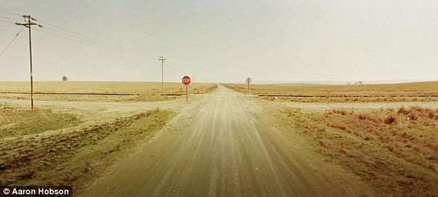 Khám phá những nơi hoang vu và cô đơn nhất của thế giới ảnh 1