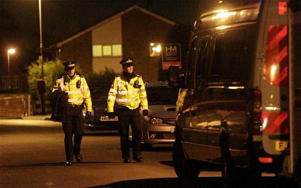 Cựu nhân viên cảnh sát nhẫn tâm giết vợ và con ảnh 1