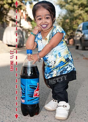 Kỷ lục mới về người phụ nữ nhỏ nhất thế giới ảnh 3