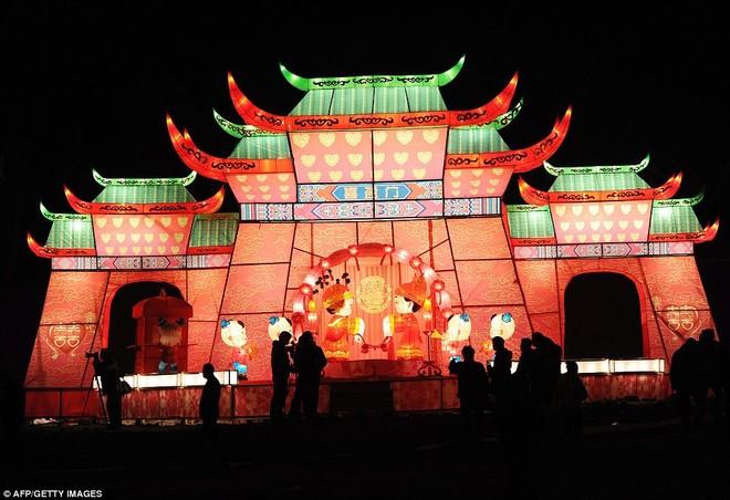 Choáng ngợp với lễ hội đèn lồng tại Trung Quốc ảnh 1