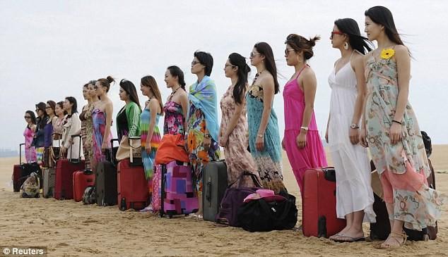 Hoảng hồn với cách huấn luyện vệ sĩ nữ ở Trung Quốc ảnh 6