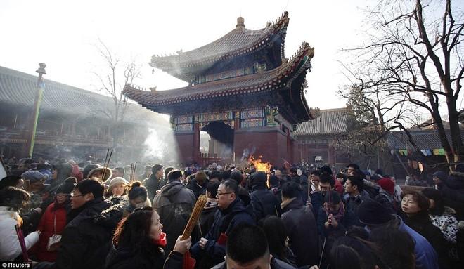 Hàng triệu người Trung Quốc chào đón năm Rồng trên khắp thế giới ảnh 5