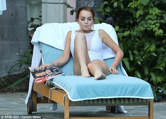 Lindsay Lohan lộ da xuống cấp khi diện áo tắm ảnh 6