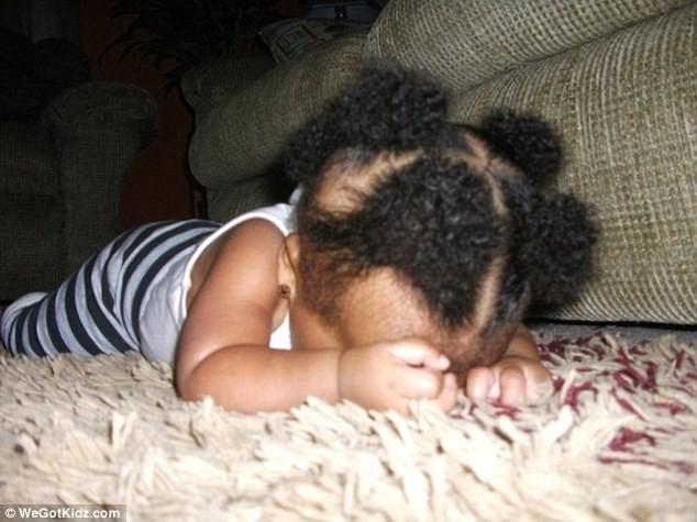 Ngộ nghĩnh những đứa trẻ bạ đâu ngủ đấy ảnh 11