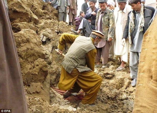 Hình ảnh lở đất kinh hoàng tại Afghanistan, 2.700 người chết ảnh 3