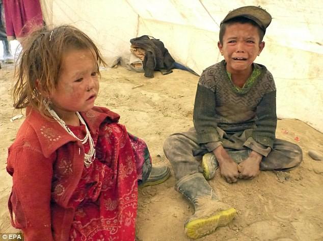Hình ảnh lở đất kinh hoàng tại Afghanistan, 2.700 người chết ảnh 5