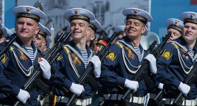 Lễ duyệt binh hùng tráng tại Quảng trường Đỏ - Moscow ảnh 25