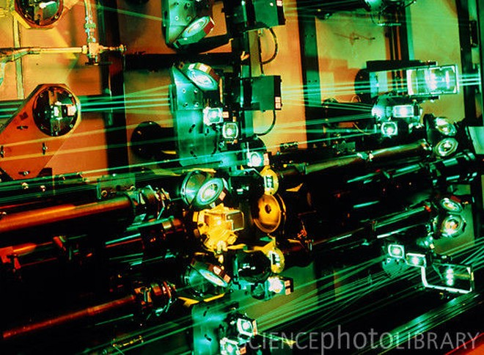 Nguy cơ an ninh từ công nghệ làm giàu uranium bằng laser ảnh 1