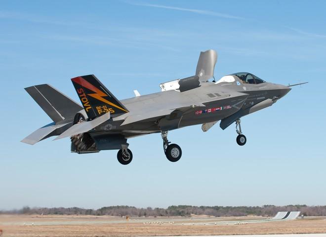 Nhật sẽ mua 50 máy bay tàng hình F-35 ảnh 1