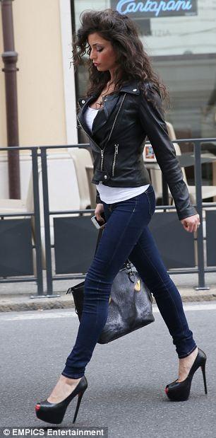 """""""Ngựa chứng"""" Mario Balotelli hầu tòa tranh quyền thăm nom... con rơi ảnh 2"""