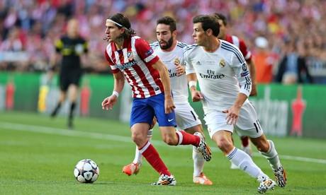 Chelsea mua Felipe Luis, bán Demba Ba ảnh 3