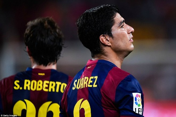 Suarez lu mờ trước sao trẻ Barcelona B trong trận ra mắt ảnh 3