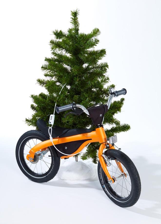 Quà Giáng sinh thú vị từ BMW ảnh 1